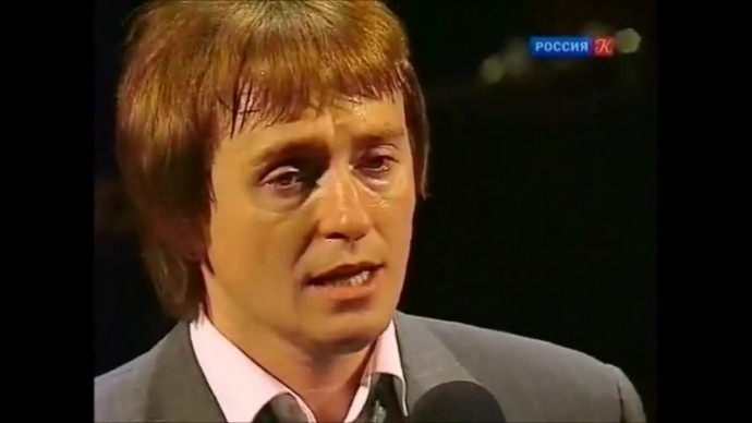 """Сергей Безруков. """"Листья падают..."""""""